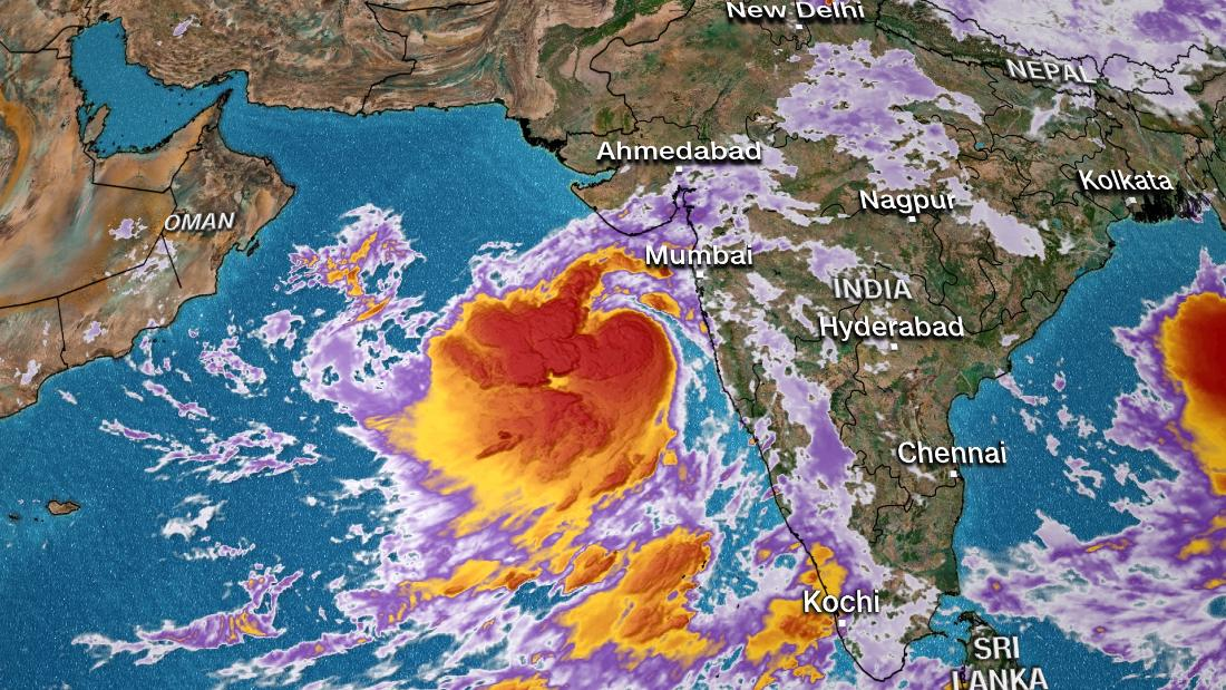 DEVELOPING: 300,000 evacuated in India as hurricane-strength Tropical Cyclone Vayu approaches
