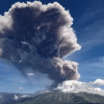 Mount Agung volcano erupts for the second time in a week