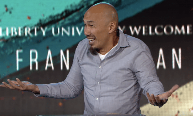 Francis Chan Calls Out Artificial 'Moves of God,' Says He's Done Playing Games