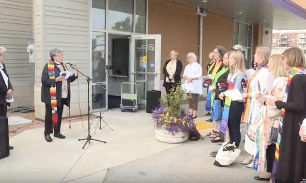 United Church of Christ clergy hold service of blessing at Planned Parenthood