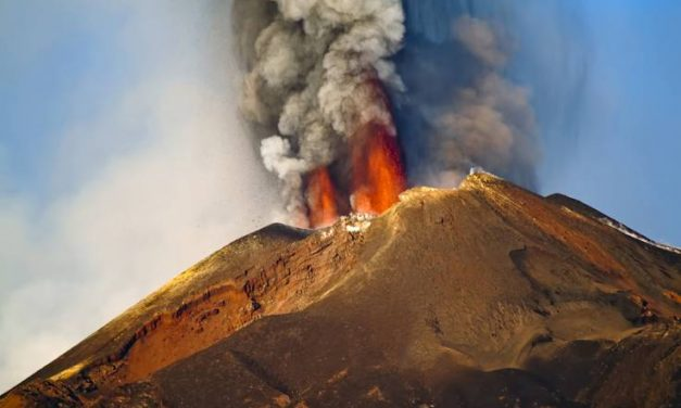 Eruption of Italian super volcano Campi Flegrei could produce 100-foot tsunami, study claims.