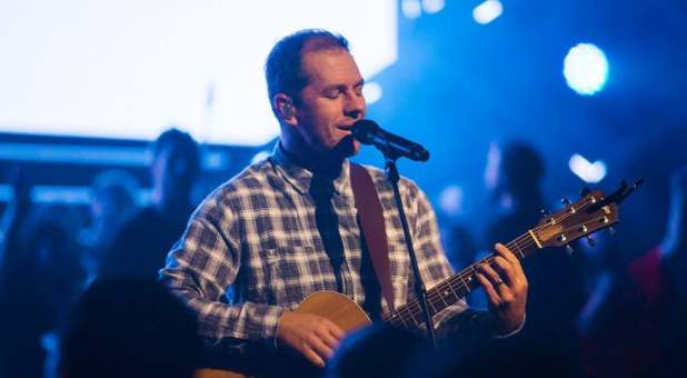 FALLING AWAY: Hillsong Leader Announces He Wants No Part in Christianity Anymore