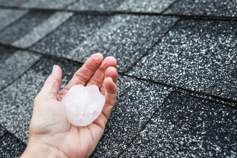 Thunderstorm unleashes 18″ of hail in Michigan…