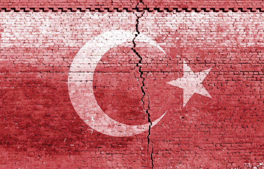 5.8 magnitude earthquake strikes Turkey, Collapsing homes