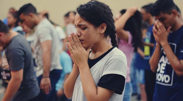 3 Overlooked Benefits of Praying in Tongues