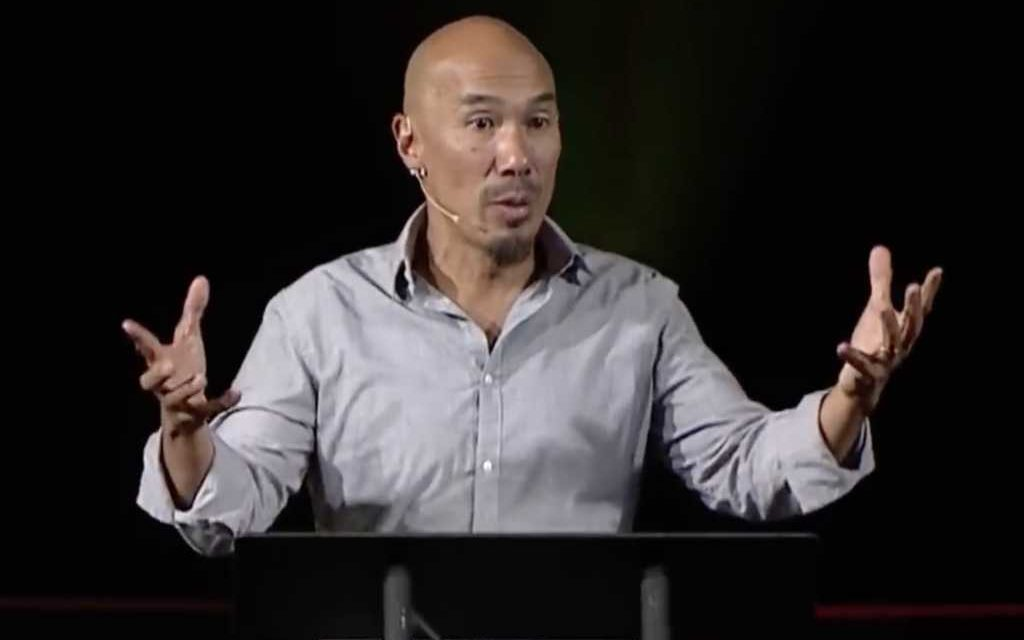 Francis Chan leaving the US for Asia to be a missionary