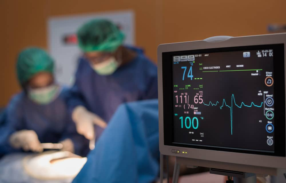 'Dead' heart brought back to life in pioneering transplant surgery