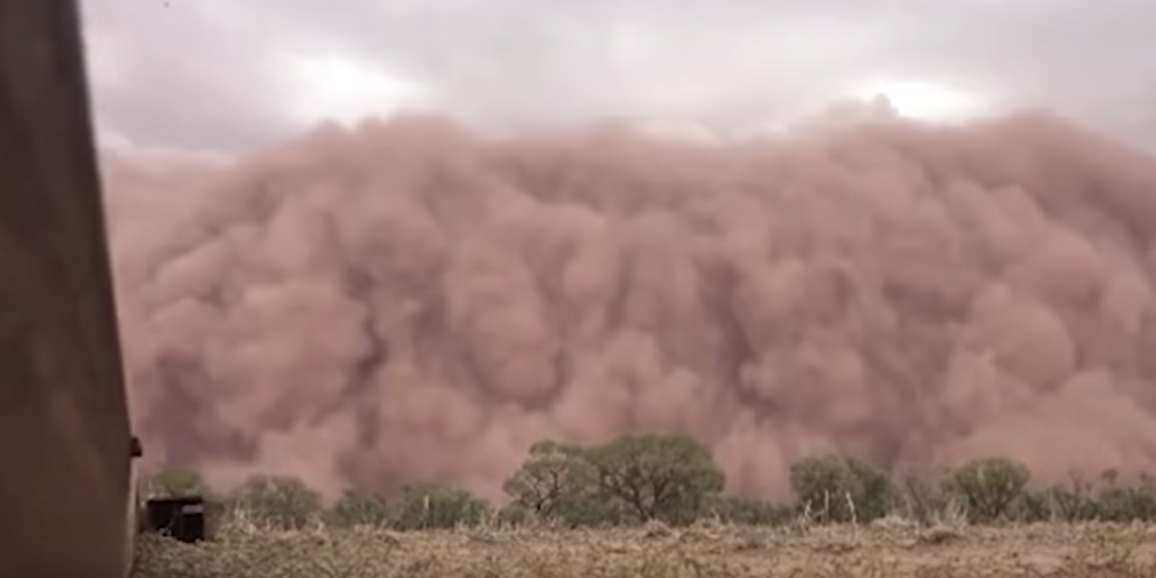 Freak Hailstorm and Apocalyptic dust storm blocks out the sun in Australia