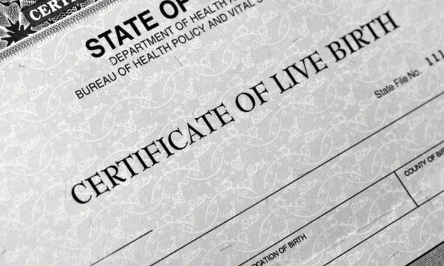 Illinois Changing Birth Certificates to Show Mother Who Gave Birth as 'Father'