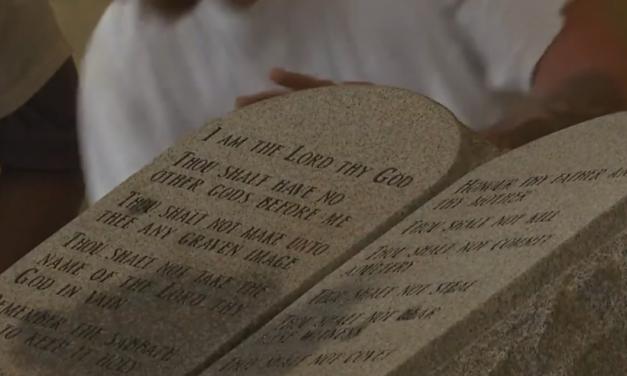 Ten Commandments monument returns to Alabama