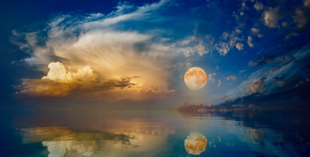 Biggest Supermoon of 2020 to Appear on Passover: An 'End of Days Omen'?
