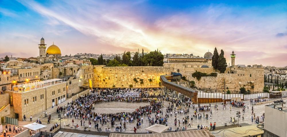 "10 Biblical Sites in Danger of Destruction Under Trump's ""Peace Plan"""
