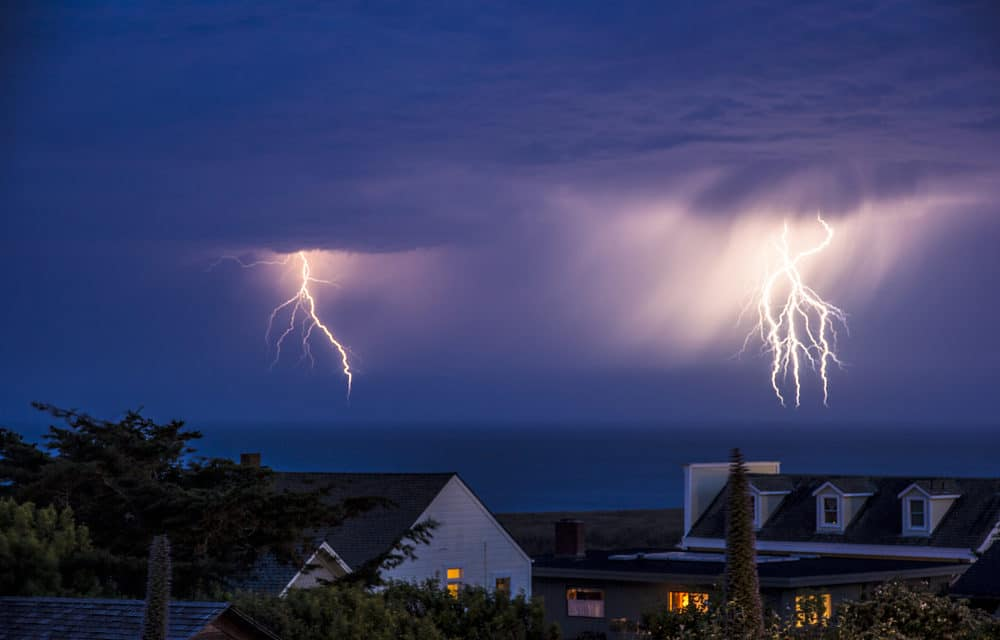 California struck by nearly 11,000 lightning strikes in past 72 hours