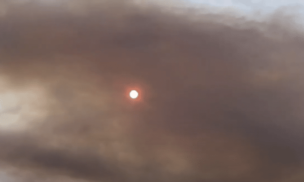Deadly West Coast Wildfires Turn Moon Blood-Red in Washington State