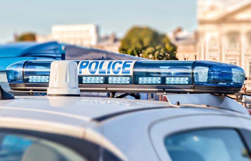 Explosive vest-wearing man 'shouting Allahu Akbar' beheads man in Paris…