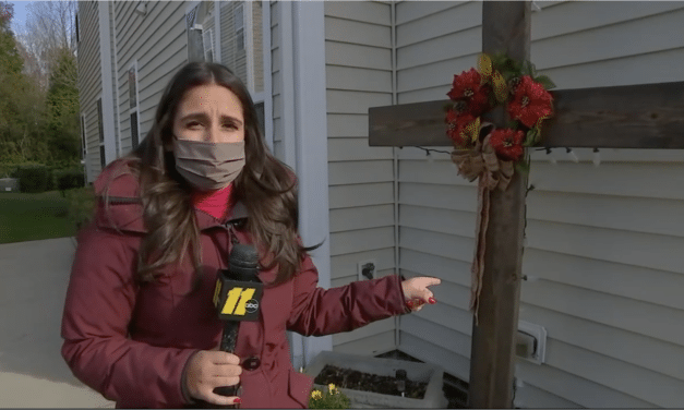 HOA Tells NC Homeowner to Remove Cross from Christmas Decorations