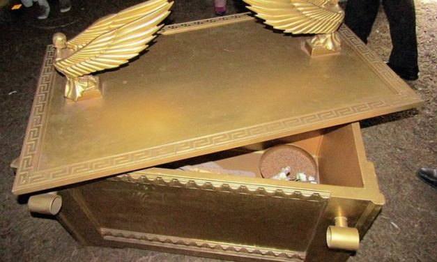 750 killed at Ethiopian Orthodox church said to contain Ark of the Covenant