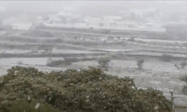 "Freak Snowfall in Arabian Desert said to be ""Biblical Sign"" by some"