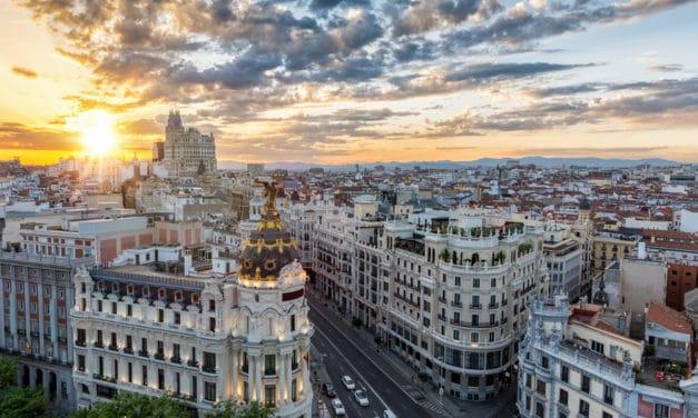Massive explosion rocks Madrid, Felt throughout the city.