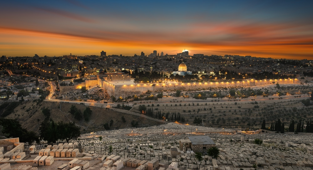 """Palestinian Authority warns that Israel is planning to build a """"Holy Temple"""""""