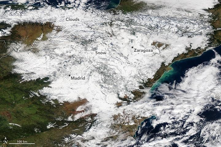Worst Snowstorm In 50 Years Strikes Spain