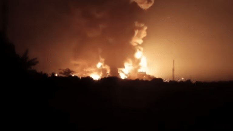 DEVELOPING: Massive explosion reported at Indonesian oil refinery