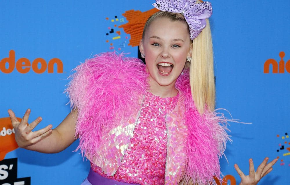 17-year-old superstar JoJo Siwa says she's 'pansexual' claims 'I still don't know what I am'