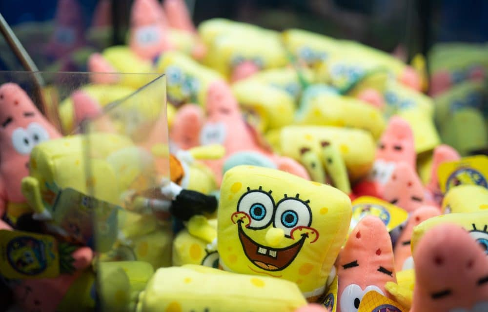 """Two 'SpongeBob SquarePants' episodes pulled from Nickelodeon for """"sensitivities"""""""