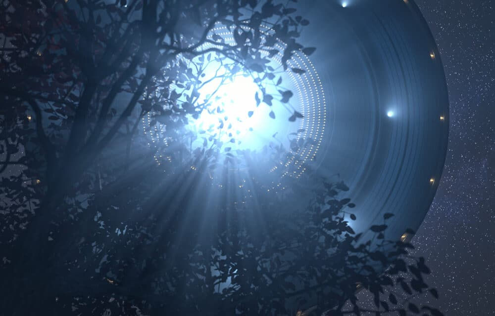 """UFO Sightings increasing at an all time high, Humanity being prepared for the """"Great Deception""""?"""