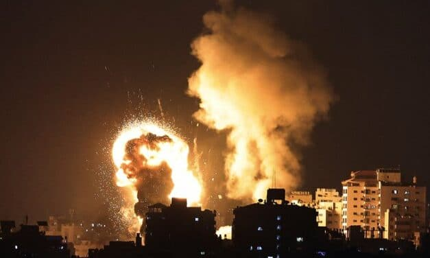 Over 400 rockets strike Israel, Deaths mounting, Netanyahu vows retaliation