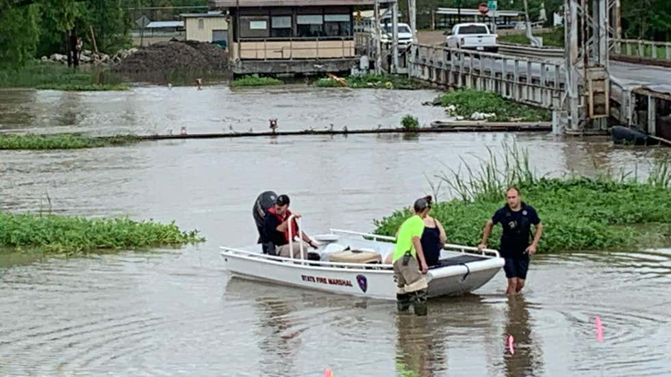 Evacuations ordered for hundreds after dam fails in Southern Louisiana