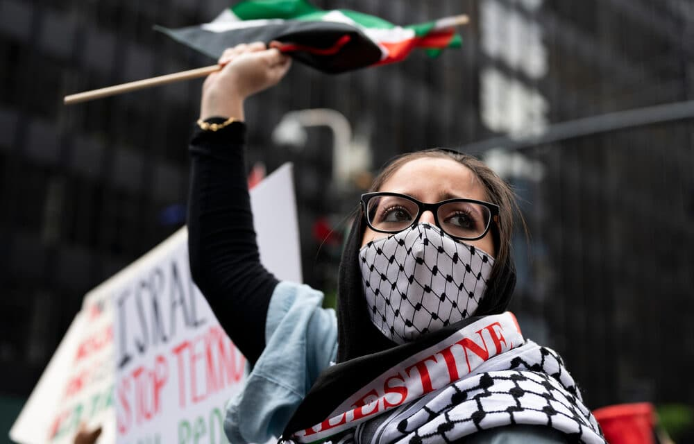 """Fears of """"third intifada"""" as Gaza violence spills over to West Bank"""