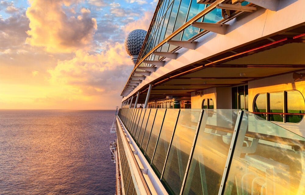 Royal Caribbean will require COVID-19 vaccine for all passengers over 16 years old
