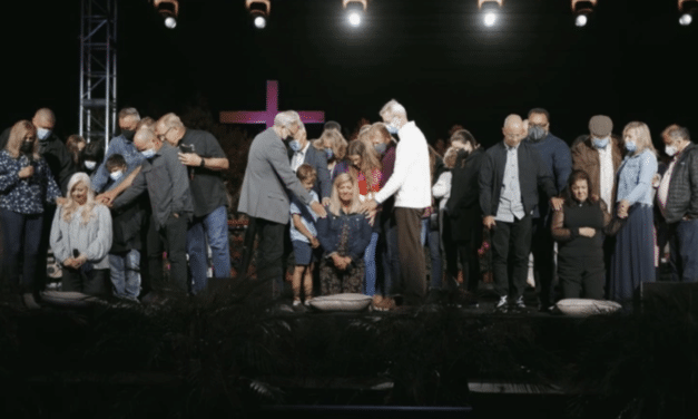 Southern Baptist Convention may soon cut ties with Saddleback Church after ordaining women pastors