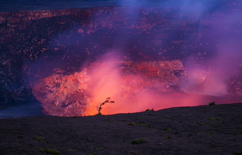 Earthquake strikes underwater Hawaii volcano rattling the Big Island