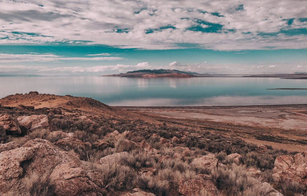 """Some fear """"Water Wars"""" are on the horizon as Utah's Great Salt Lake nears 170-Year low"""