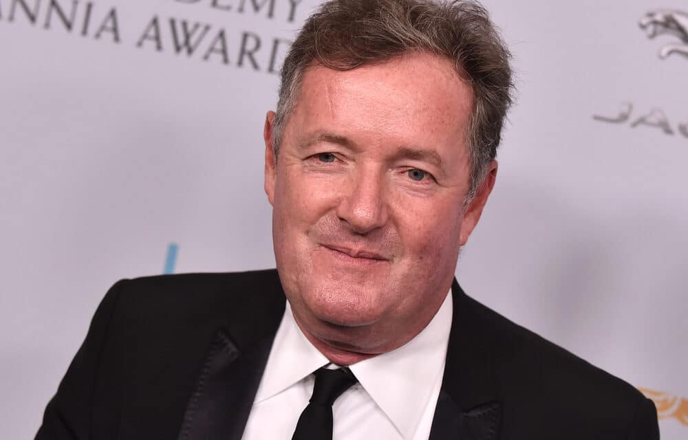 """Piers Morgan unloads on """"Anti-vaxxer lunatics that must be stopped from destroying everybody's freedom"""""""