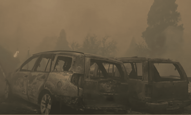 DEVELOPING: Fire engulfs Northern California town, leveling businesses, scorching homes
