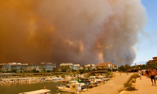 Apocalyptic' scenes seen in Greece as Athens becomes engulfed in flames