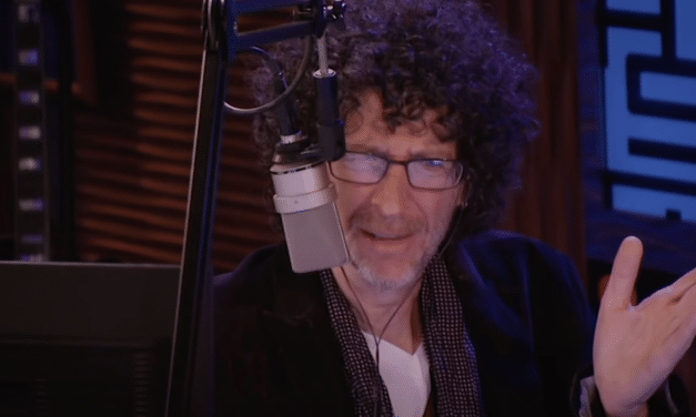 Howard Stern slams anti-vaxxers: 'You had the cure and you wouldn't take it'