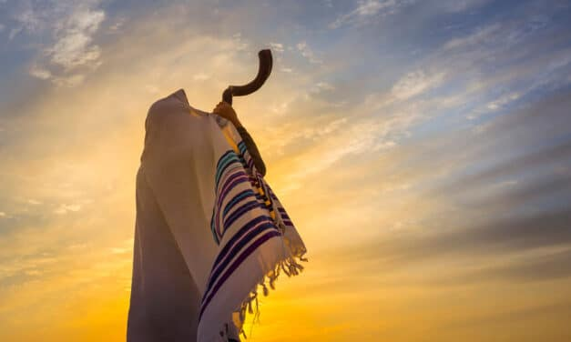 """Growing number of Christians are embracing """"Biblical"""" feasts of Rosh Hashanah and Yom Kippur"""