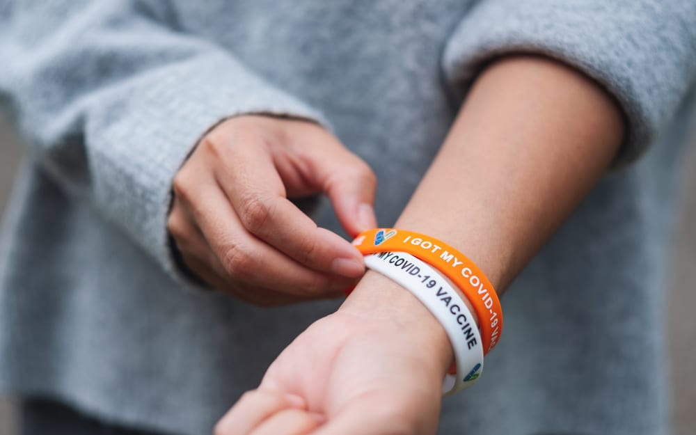 Unvaccinated students required to wear wristbands to be easily identified