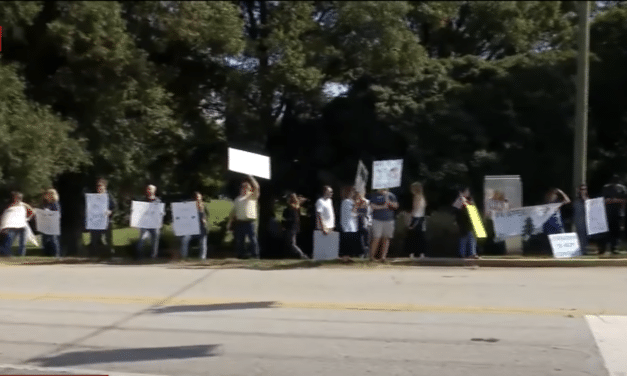Hundreds of General Electric workers walk off job to protest mandatory vaccines